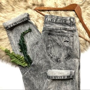 Vintage Chic Acid Wash Denim Mom Jeans